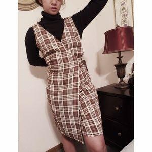 Dresses & Skirts - {Vtg} Plaid Wrap